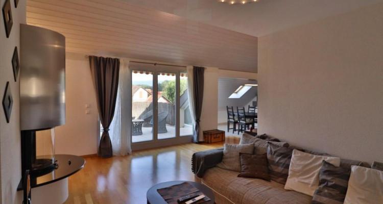 Superbe attique avec terrasse et 2 Pk image 1