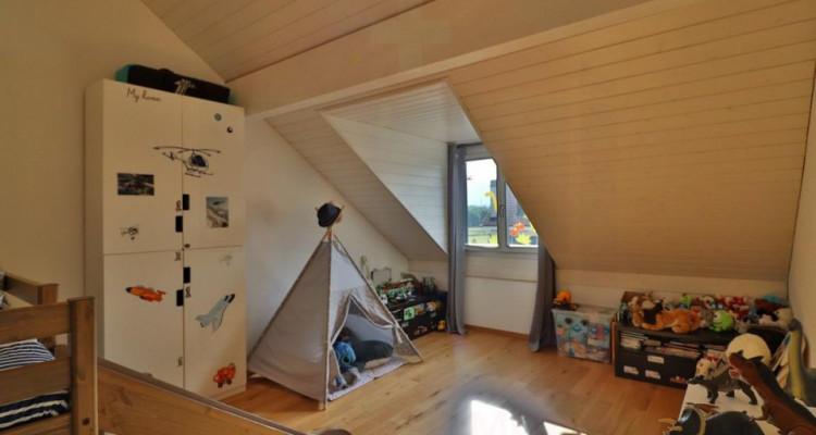 Superbe attique avec terrasse et 2 Pk image 8