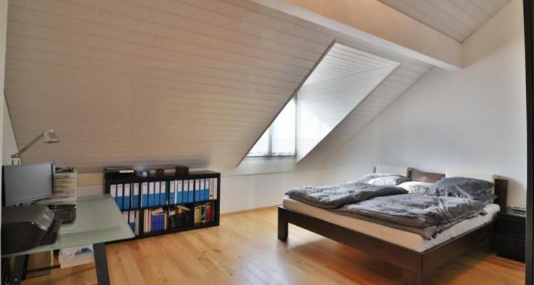 Superbe attique avec terrasse et 2 Pk image 9