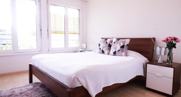 Magnifique 3,5p // 2 chambres // 1 SDB // Grande terrasse image 2