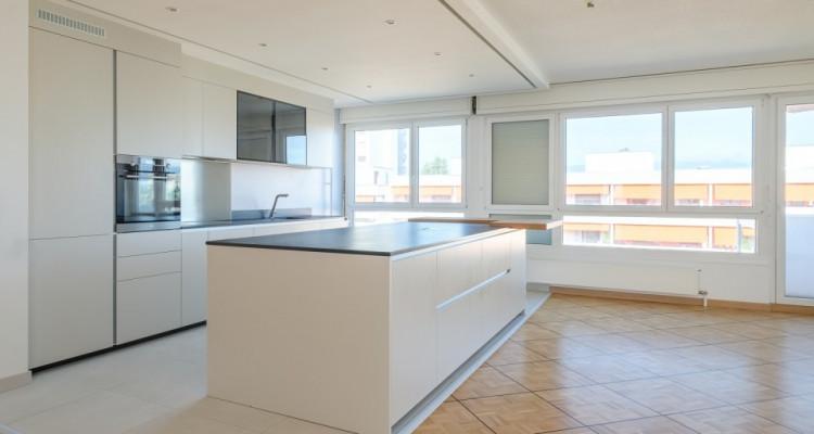 Appartement 143 m2 complètement rénové image 1