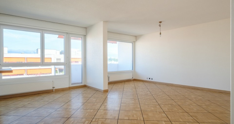 Appartement 143 m2 complètement rénové image 3