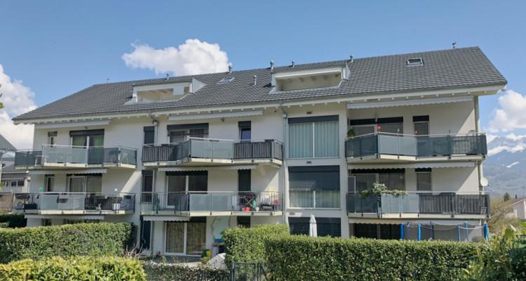 FOTI IMMO - Appartement en attique de 4,5 pièces. image 1