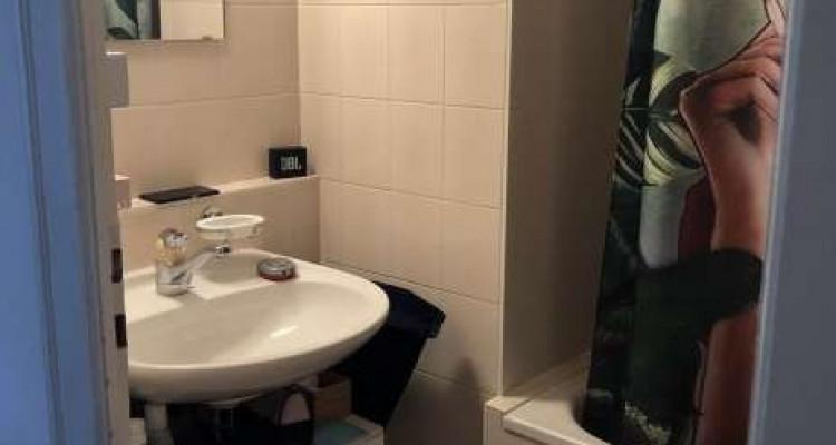 Bel appartement de 3.5 pièces situé à la Servette.  image 6