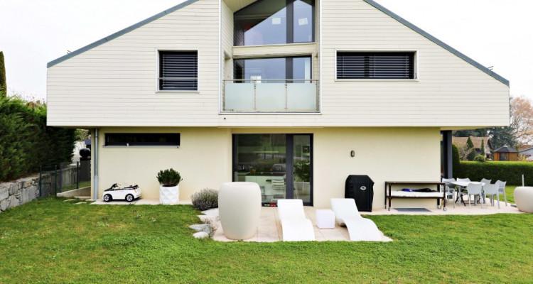 Superbe villa mitoyenne de 6,5p / 4 CH / 2SDB - Jardin - Vue lac image 1