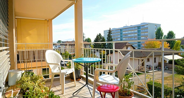 POUR 6 mois / Superbe duplex meublé 2.5 p / Balcon image 1