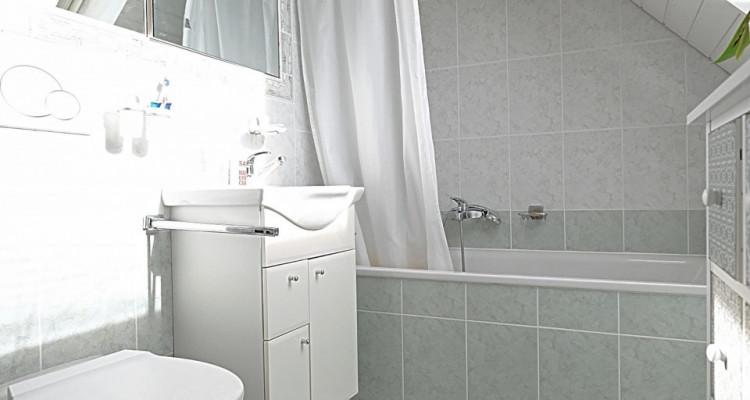 POUR 6 mois / Superbe duplex meublé 2.5 p / Balcon image 5