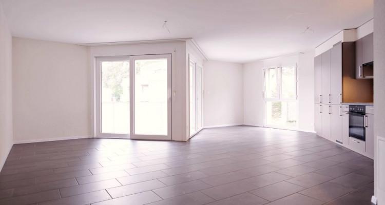 Magnifique 4,5 pièces - Grande pièce à vivre - 3 chambres - Balcon  image 1
