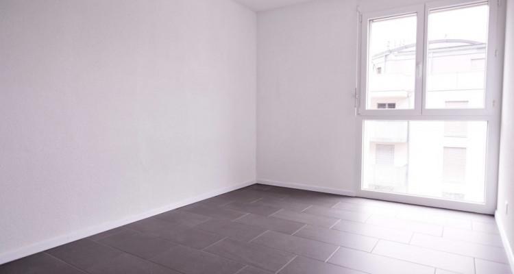 Magnifique 4,5 pièces - Grande pièce à vivre - 3 chambres - Balcon  image 6