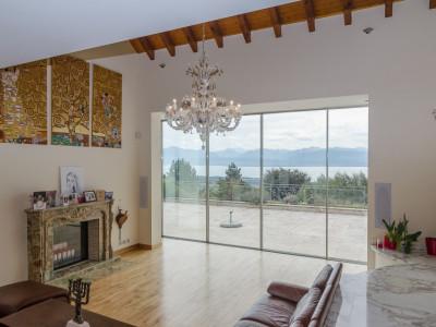 Rare: maison de maître avec vue Lac, Alpes et Mont-Blanc. image 1