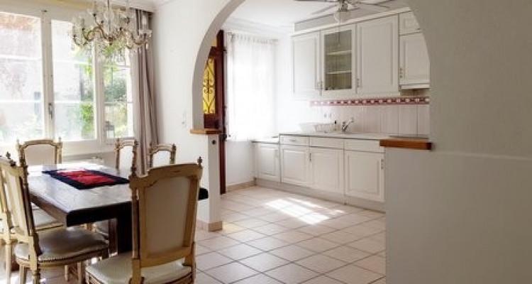 Maison villageoise meublée dans rue piétonne à Versoix image 2