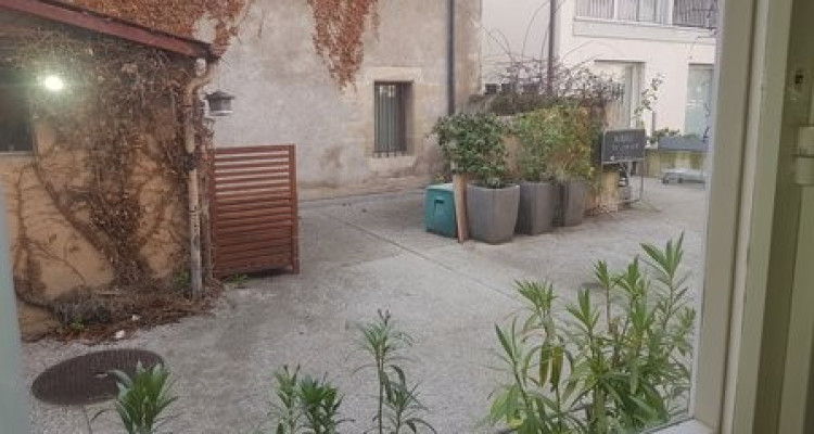 Maison villageoise meublée dans rue piétonne à Versoix image 5
