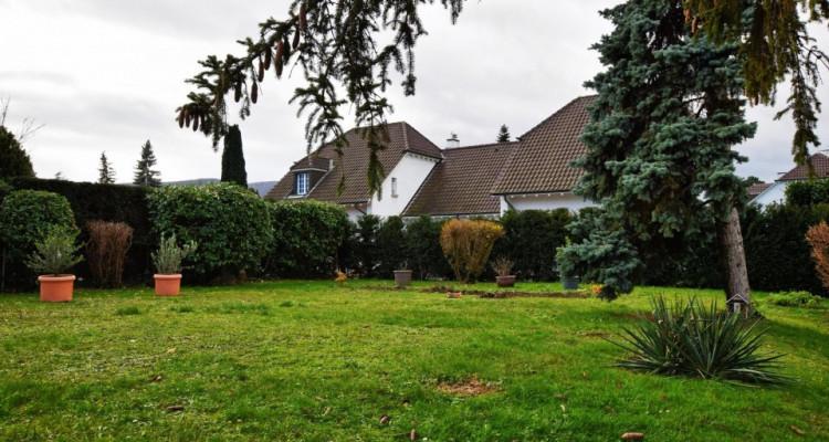 Jolie villa en plein coeur de Thônex image 1