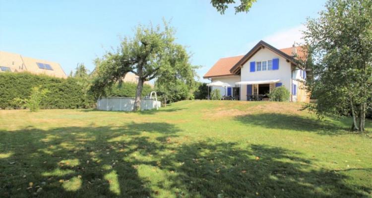 Volumineuse et spacieuse villa individuelle au centre du village image 1