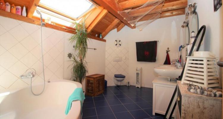 Volumineuse et spacieuse villa individuelle au centre du village image 5