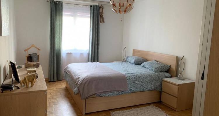 Magnifique 2,5p / 1 chambre / Idéalement situé à Vevey - Gare et lac image 1
