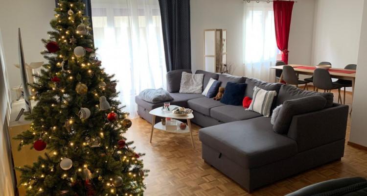 Magnifique 2,5p / 1 chambre / Idéalement situé à Vevey - Gare et lac image 2