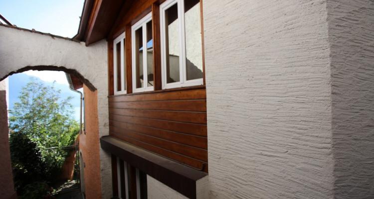 Maison villageoise sur les hauts de Montreux image 2