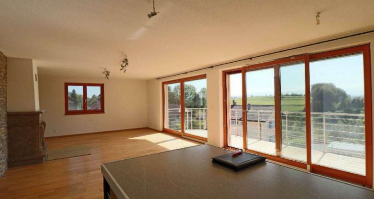 Magnifique 5,5p // 4 chambres // 2 SDB // Terrasse et Vue montagnes image 1