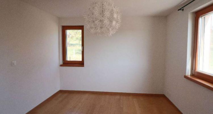 Magnifique 5,5p // 4 chambres // 2 SDB // Terrasse et Vue montagnes image 4