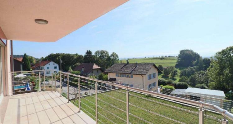 Magnifique 5,5p // 4 chambres // 2 SDB // Terrasse et Vue montagnes image 8