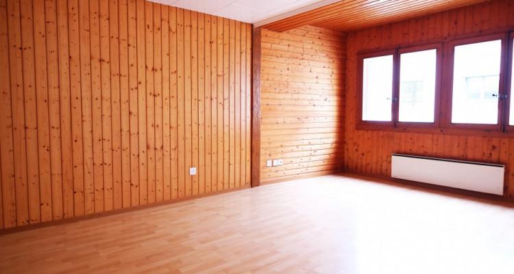 Maison villageoise à Rénover // 134m² Payerne centre-ville image 4