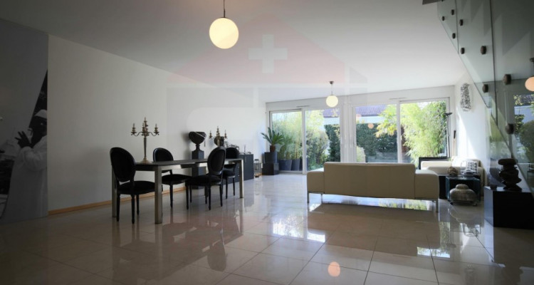 Magnifique appartement 6 pièces duplex avec jardin image 2