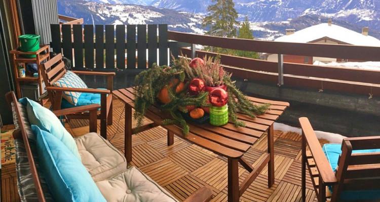 Magnifique appart meublé 2,5 p / 1 chambre / 1 SDB / balcon avec vue image 7