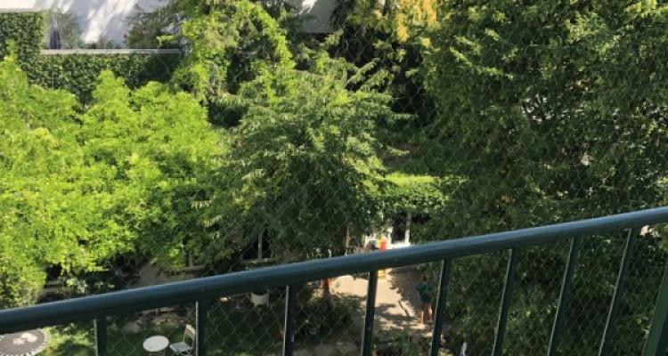 Möbliertes WG-Zimmer mit Balkon im 2. OG image 6