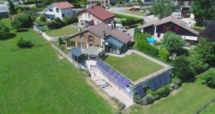 A 12 minutes du centre de Neuchâtel, belle villa et sa piscine!!! image 1