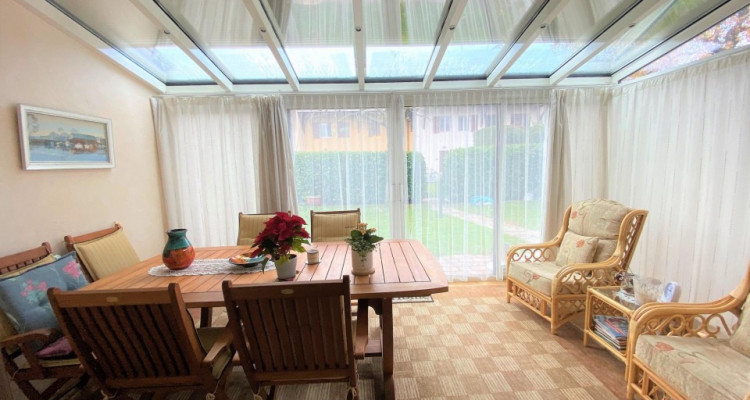 Belle maison jumelée de 6P à Bernex. image 5