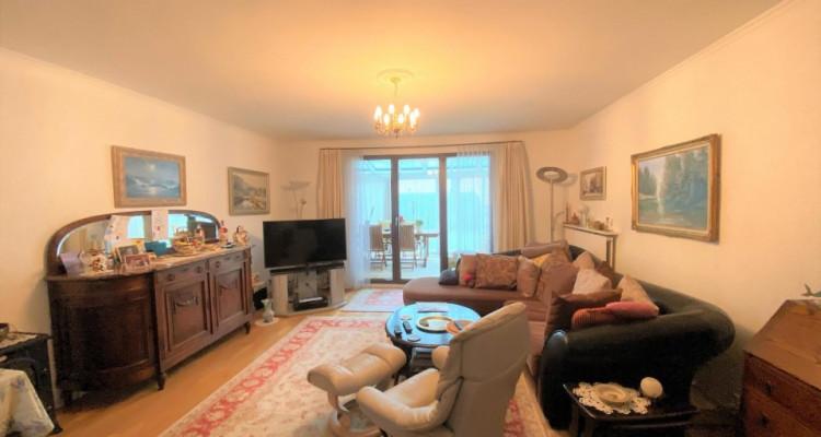Belle maison jumelée de 6P à Bernex. image 6