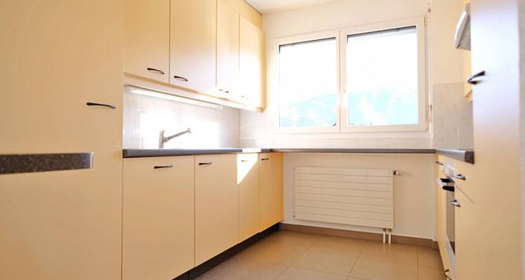 Magnifique appartement de 4,5 pièces / 3 chambres / 1 balcon  image 2