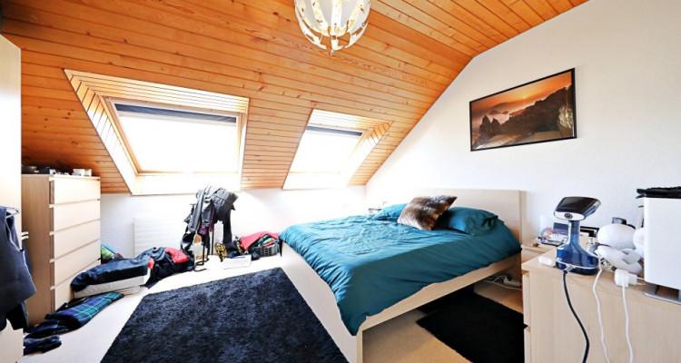 Magnifique appart 4,5 p / 2 chambres / 1 SDB / balcon avec vue lac image 4