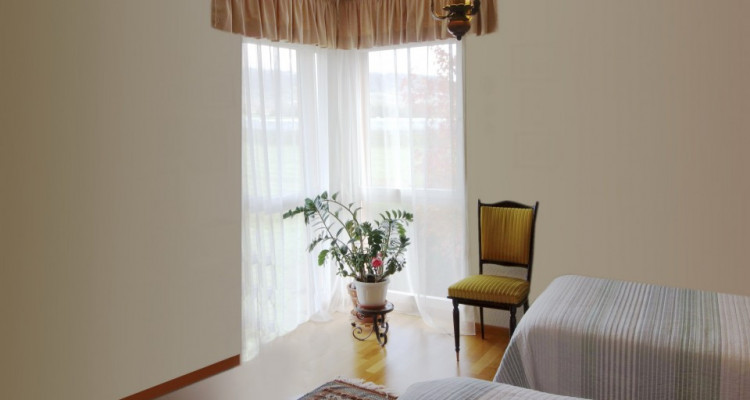 Bursinel, spacieux attique en duplex de 156 m2 image 9