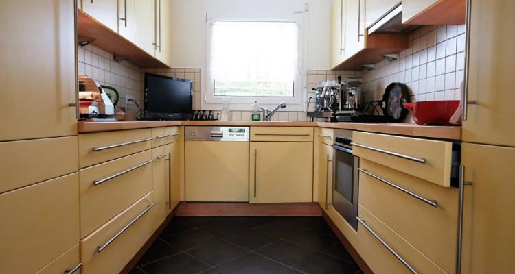 Magnifique maison 6,5p // 4 chambres + combles // Grand jardin image 4
