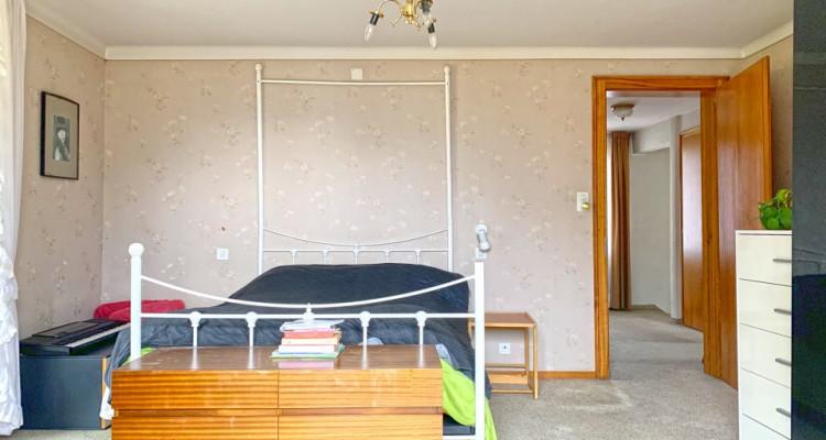 FOTI IMMO - Maison de 5,5 pièces avec potentiel, à rénover. image 6
