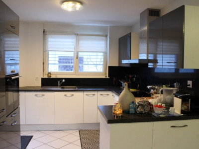Bel appartement en terrasse image 1