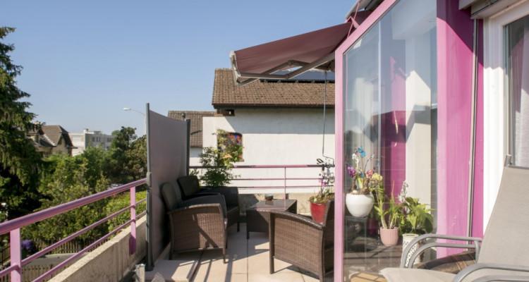 Appartement en terrasse - Spacieux avec 2 places de parc image 5