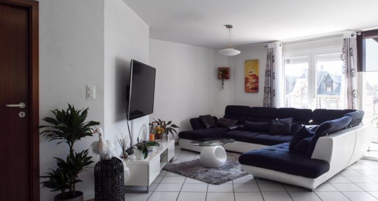 Appartement en terrasse - Spacieux avec 2 places de parc image 3
