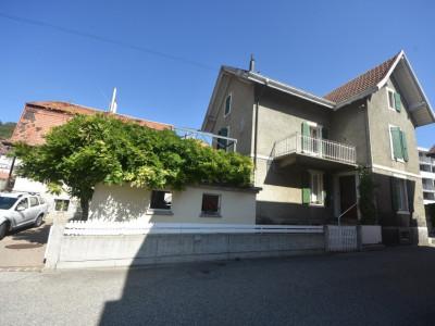 Maison de 6 pièces avec terrasse et garage double image 1