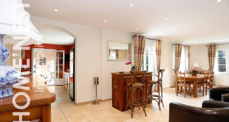 Magnifique maison 5 pièces // 3 Chambres // Grand jardin image 1