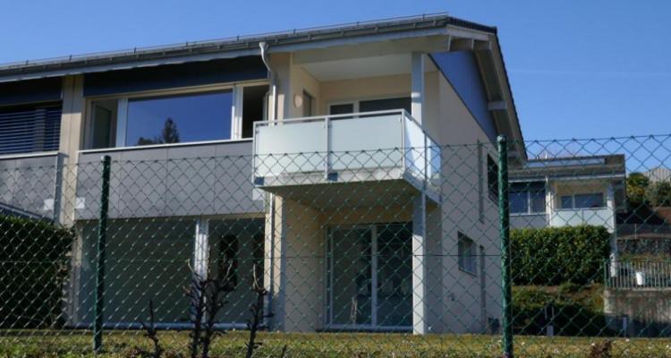 Lumineuse villa jumelle moderne labellisée MINERGIE image 1