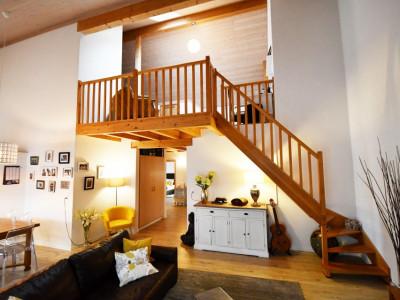 Bel appartement lumineux de 5 pièces avec balcon et mezzanine image 1