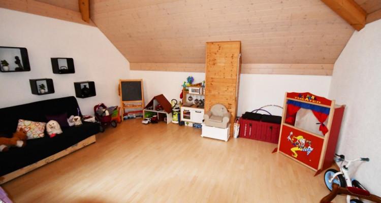 Bel appartement lumineux de 5 pièces avec balcon et mezzanine image 9