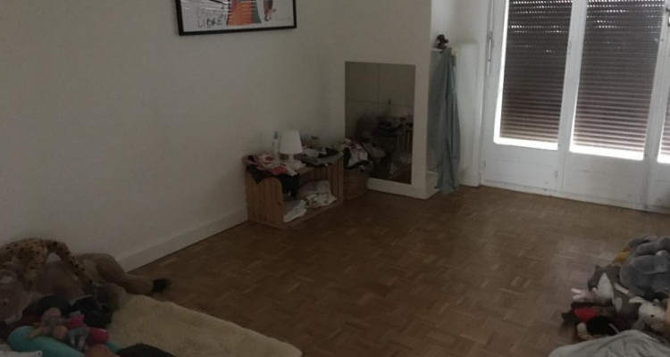 Magnifique appartement de 4 pièces situé à Chêne-Bourg. image 8