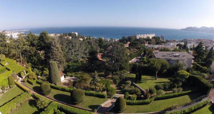 Attique vue 180 sur la mer à Cannes  image 3