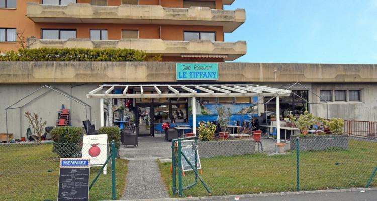 FOTI IMMO - Beau local commercial à lavenue de la Gare. image 3