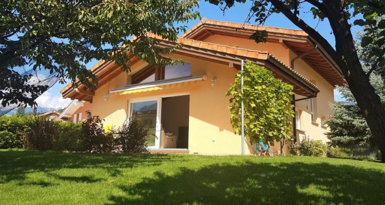 Magnifique et spacieuse  Villa de  6,5 pièces  image 2