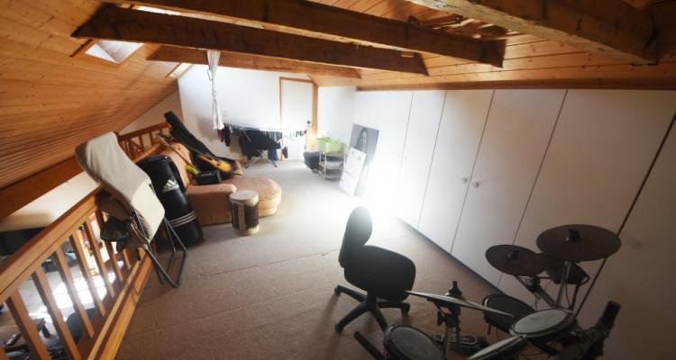 Beau Duplex lumineux de 4.5 pièces avec galerie et galetas image 3
